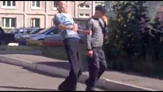 Как ведут себя наркоманы   Приколы видео 2014 смотреть бесплатно(, 2014-05-20T19:30:16.000Z)