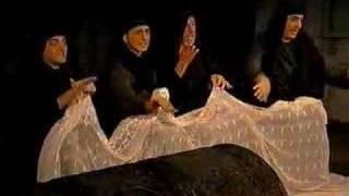 Gatta cenerentola - scena del rosario