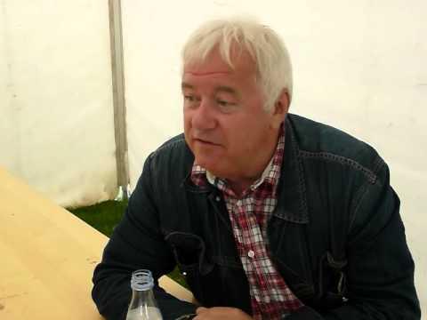 Smil TV Interview med Brian Laurie arrangør af kultur der dur, for at handicappe i Århus Festuge.