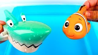 Learn Colors For Children with Wild Animals in Blue Water Tub Shark Toys Video for Kids