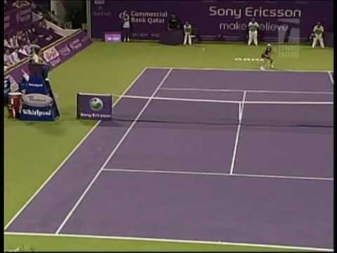 Caroline Wozniacki cramping and full body twitch (Doha 2009)