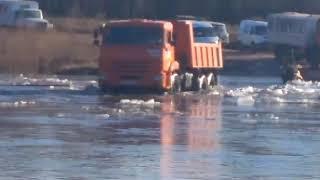 Самосвал утонул на реке Нижняя Тунгуска