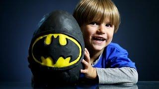 Giant Batman Surprise Egg made of Play Doh thumbnail