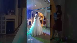 04.05.2019 💒 Невеста с братом поют песню маме на свадьбе
