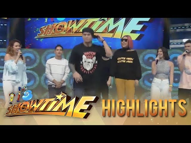 "It's Showtime: Zeus dances to ""Ang Kulit Kulit'"