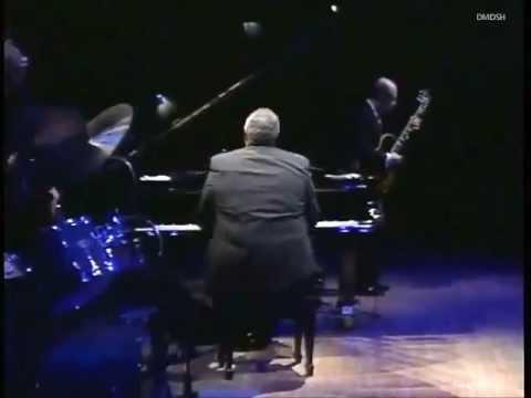 "Oscar Peterson - "" Love Ballade"" The Quartet Live"