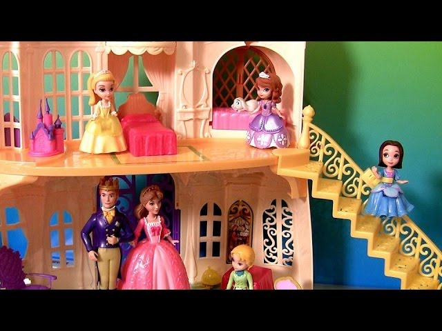 Disney Princess Sofia the First Magical Talking Castle With Royal Family Prince James Amber Travel Video