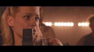 Разомкнутый круг (The Broken Circle Breakdown, 2013) - официальный русский трейлер