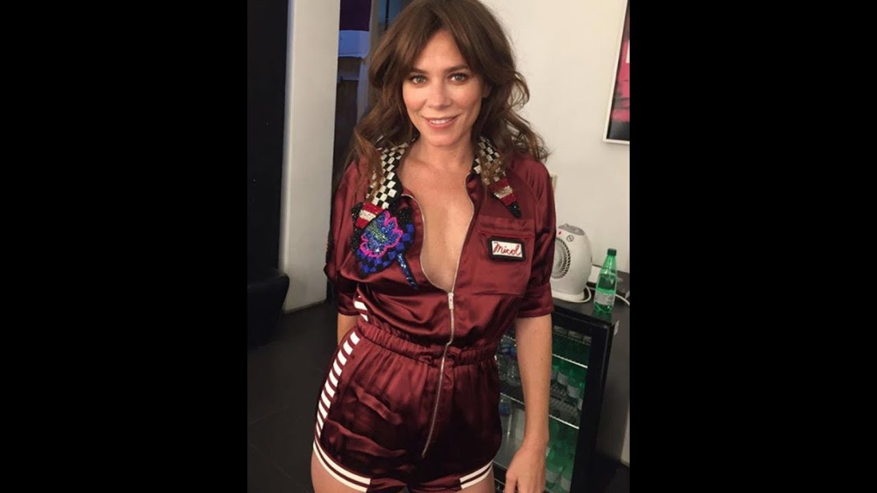 Cleavage Anna Friel nude photos 2019