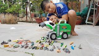 Trò Chơi Xe Chở Rác Ăn Con Vật ❤ ChiChi ToysReview TV ❤ Đồ Chơi Trẻ Em