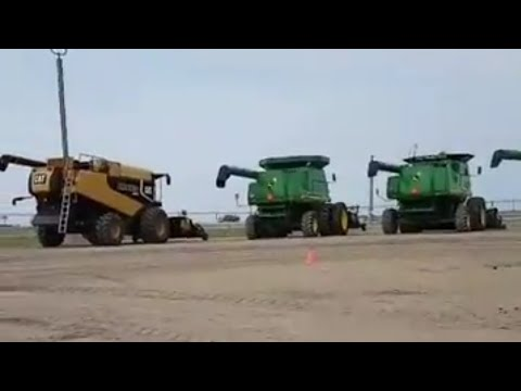Farm Machinery/Combine Harvester And More Here In Alberta Canada Auction Sale