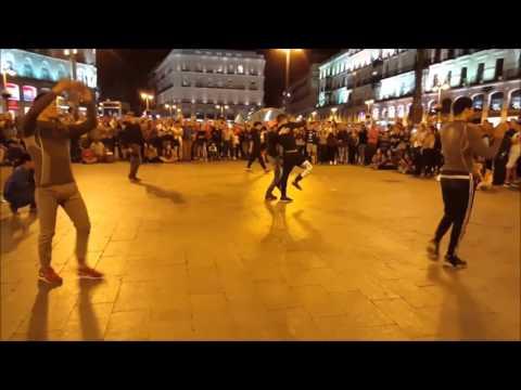 STREET SHOW BREAKDANCE PUERTA DE SOL MADRID