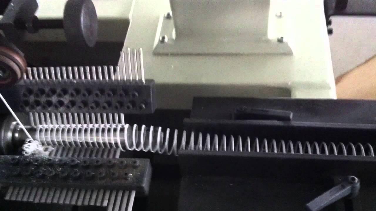 Single Loop Wire : Ufa single loop wire forming machine youtube