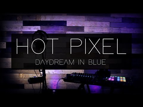 Hot Pixel  Daydream in blue    I MonsterWallace Collection
