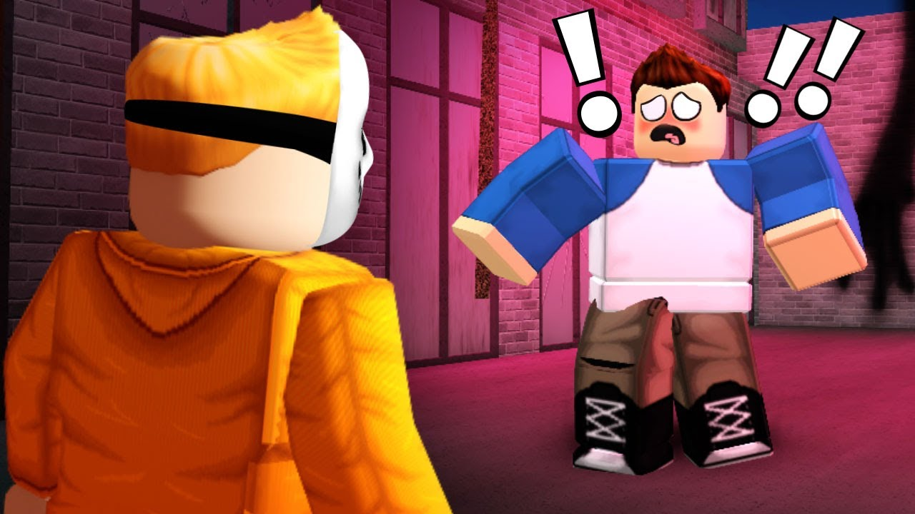 SCARING NOOBS in ROBLOX HORROR NIGHTS!