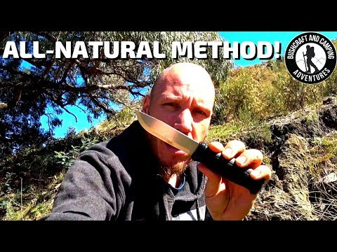 Removing knife rust EASILY in the wild || How to clean a rusty knife in nature