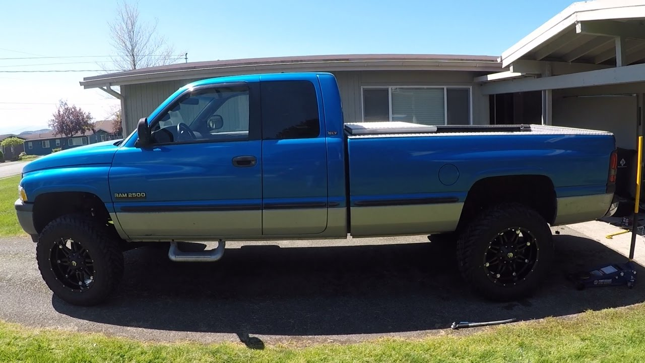2nd Gen Cummins 2 Inch Leveling Kit With 35s Youtube