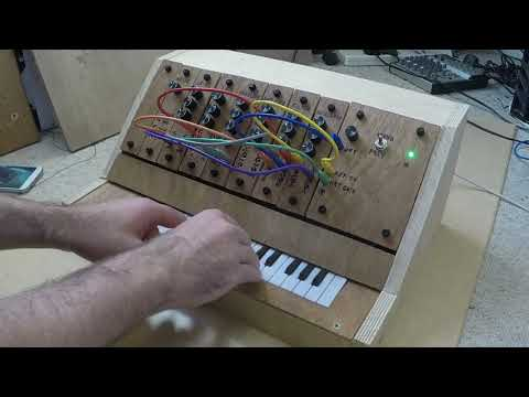 Diy Polyphonic Synth