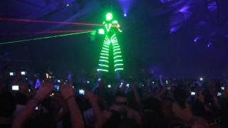 (HD) (Part 1 of 12) Carl Cox - Live @ Ultra Music Festival 12 (2010-03-26)