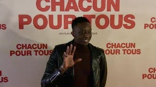 Ahmed Sylla and rest of the cast at Chacun pour tous premiere in Paris