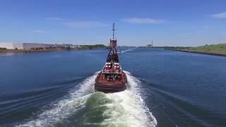 Phantom 3s Drone - boats and ships- Almost crashed into a tug boat.