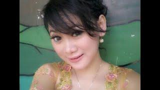 Video Biduan Hot Cantik Dangdut Rutamya Romansa Resty Ananta download MP3, 3GP, MP4, WEBM, AVI, FLV Oktober 2017