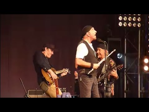 Jethro Tull & Joe Bonamassa - Locomotive Breath