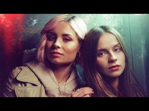 Download Gabrielle Aplin & Nina Nesbitt - Miss You 2   Mp4 baru