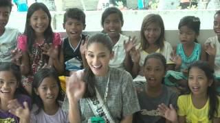 Pia Wurtzbach visits Yolanda hit Tagbanua community