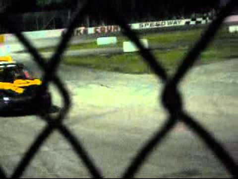 4 Cylinder feature @ Lake County Speedway