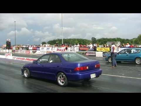 Blue DC Integra Vs Green Civic EG