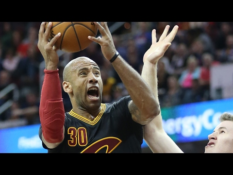 Dahntay Jones on helping Cavs repeat as champions