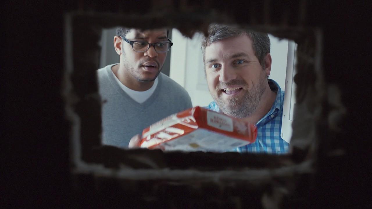 King's Hawaiian TV Commercial: False Cabinet