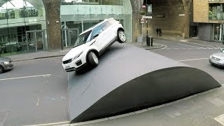 Range Rover Evoque Stunt - Speed Bump