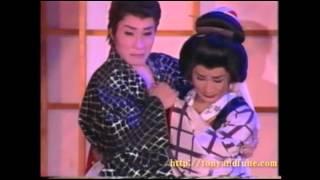 名古屋錦のニューハーフパブ、「とにー&舟」 舟かつみママの演舞が生で...
