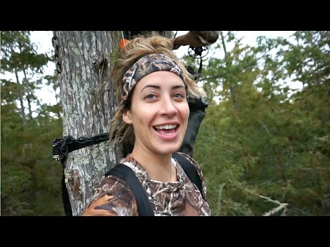 I DIDN'T MISS!! | Bow Hunting Vlog