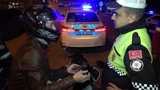 SÜRÜCÜLERİN POLİSLE İLGİNÇ DİYALOGLARI
