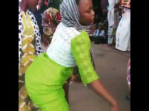 Arewa WEDDING_girls Dancing _BUZU kwankwaso_ thumbnail