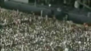 Andrew WK - 09 - Party Hard (Summer Sonic 2002).wmv