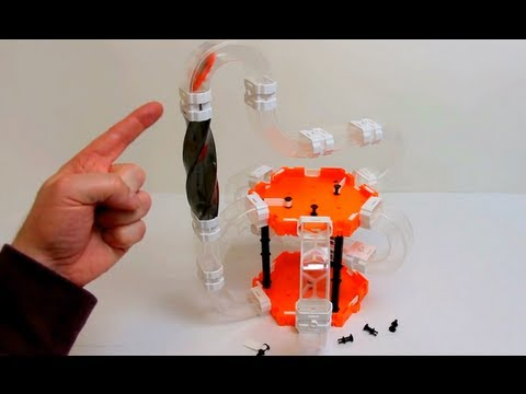 HexBug Nano V2 - Barrel Roll - Helix 180° - Detailed hands ...