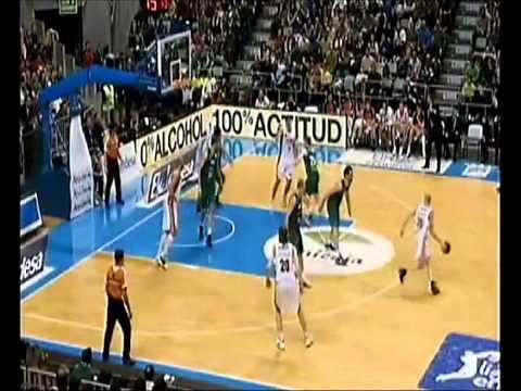 Mark Payne #20 v. CB Murcia