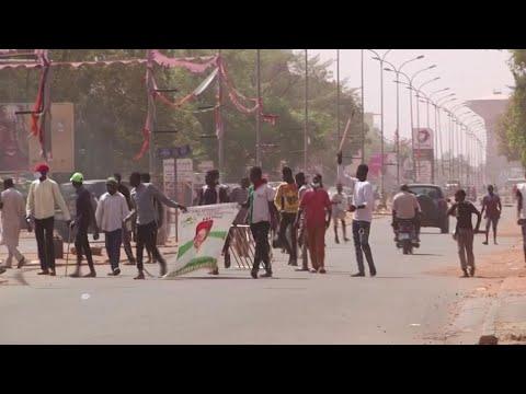 Niger post-election violence kills two, hundreds arrested