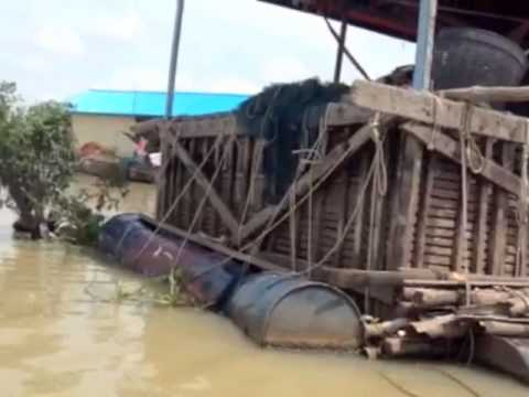 Climate Adaptation Solution   Floating Community in Cambodia