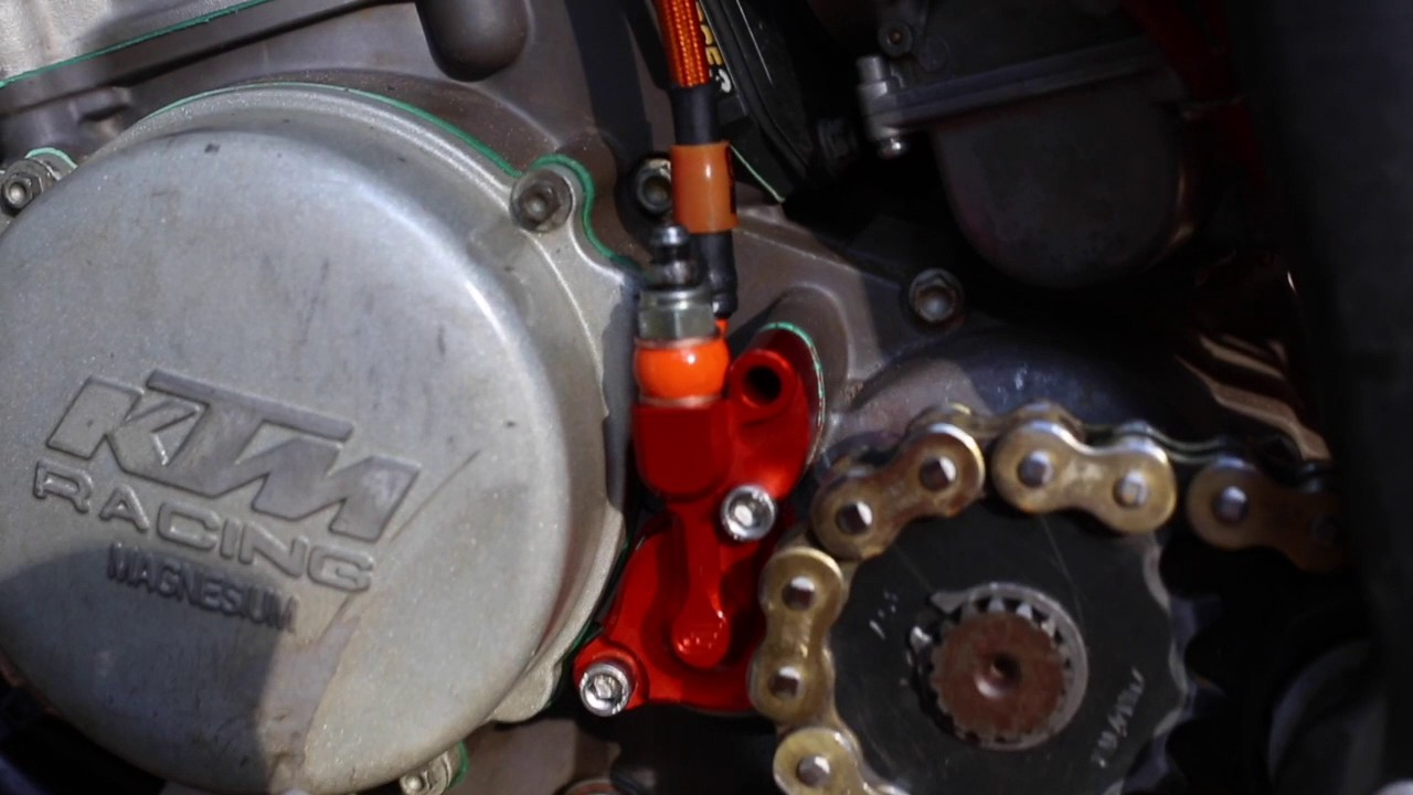 Hydraulic Clutch Bleeding : Ktm hydraulic clutch bleeding youtube