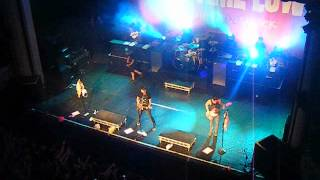 All Time Low - I Feel Like Dancing live in Dublin