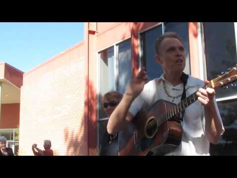 David Poole Teaches Theme Song for World Food Day 2016