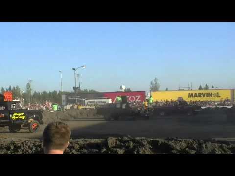 Roseau County Fair 2015 - Trucks Heat