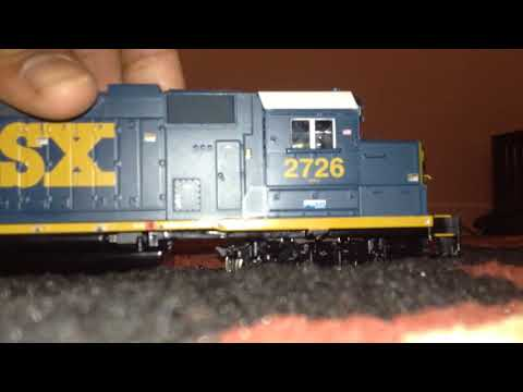 How to replace a model train coupler