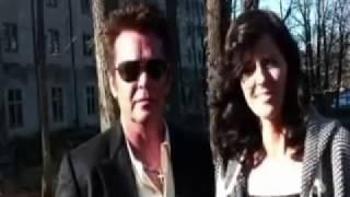 John Mellencamp and Karen Fairchild - Behind the Scenes of the