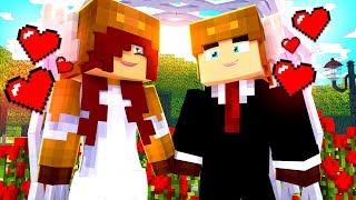 Minecraft FAMILY - MOOSECRAFT'S NEW WIFE! (Minecraft Kids Roleplay)